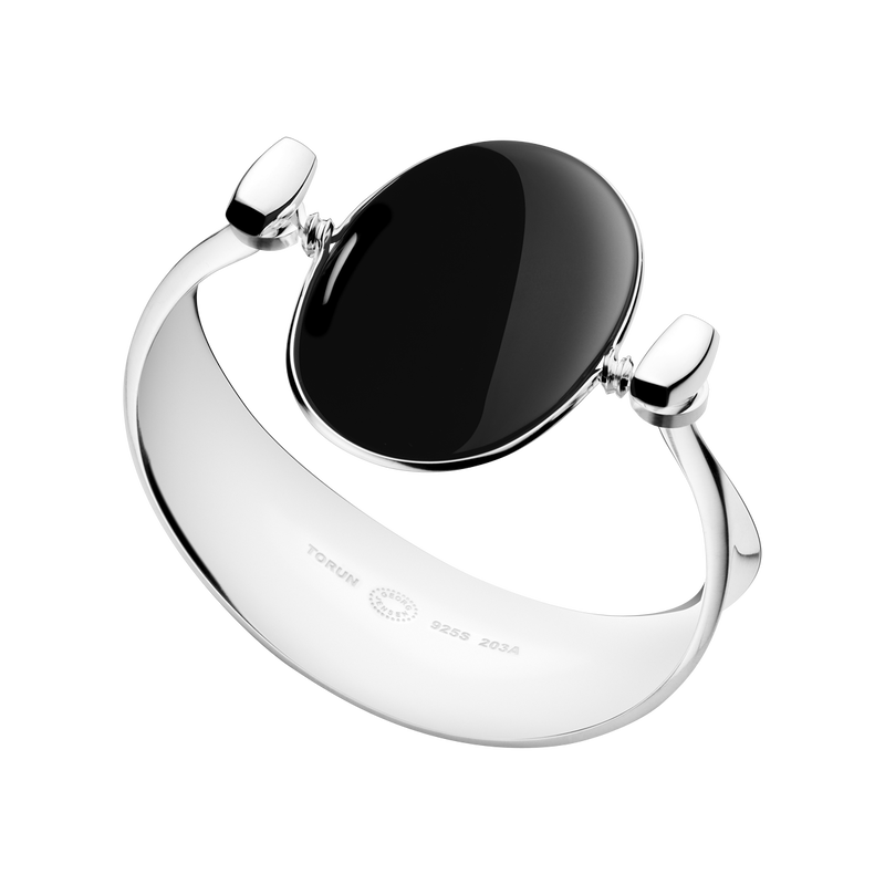Bangle 203A - sterling silver with black onyx