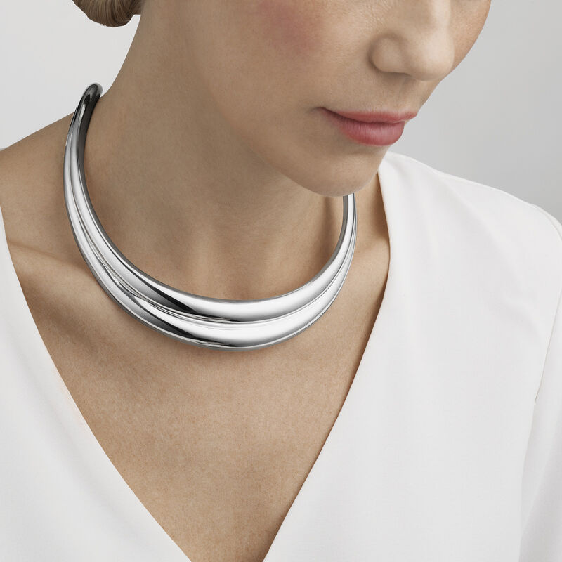 CURVE neck ring