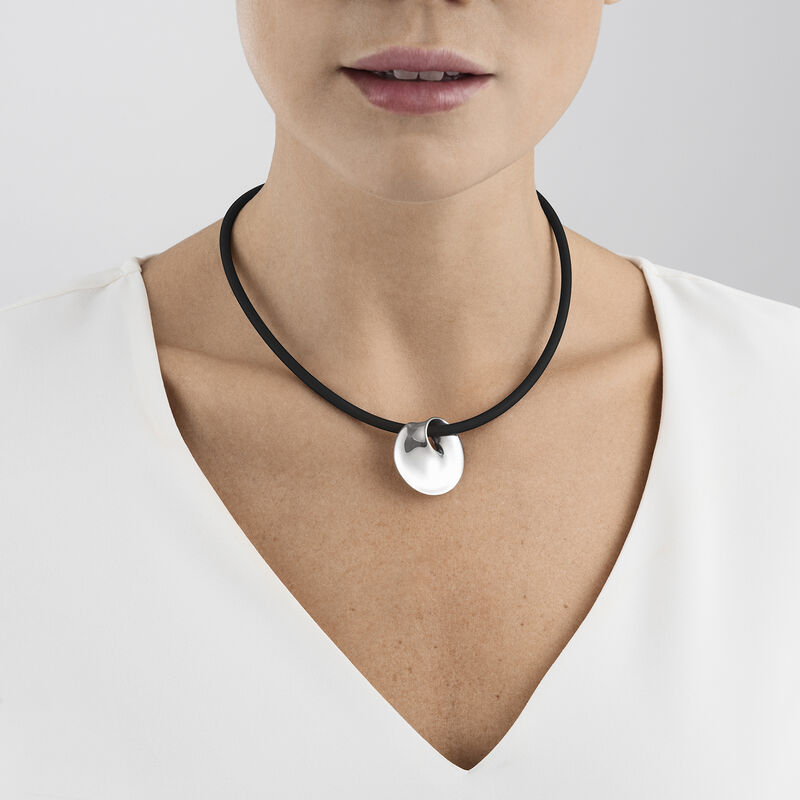 MOEBIUS necklace with pendant