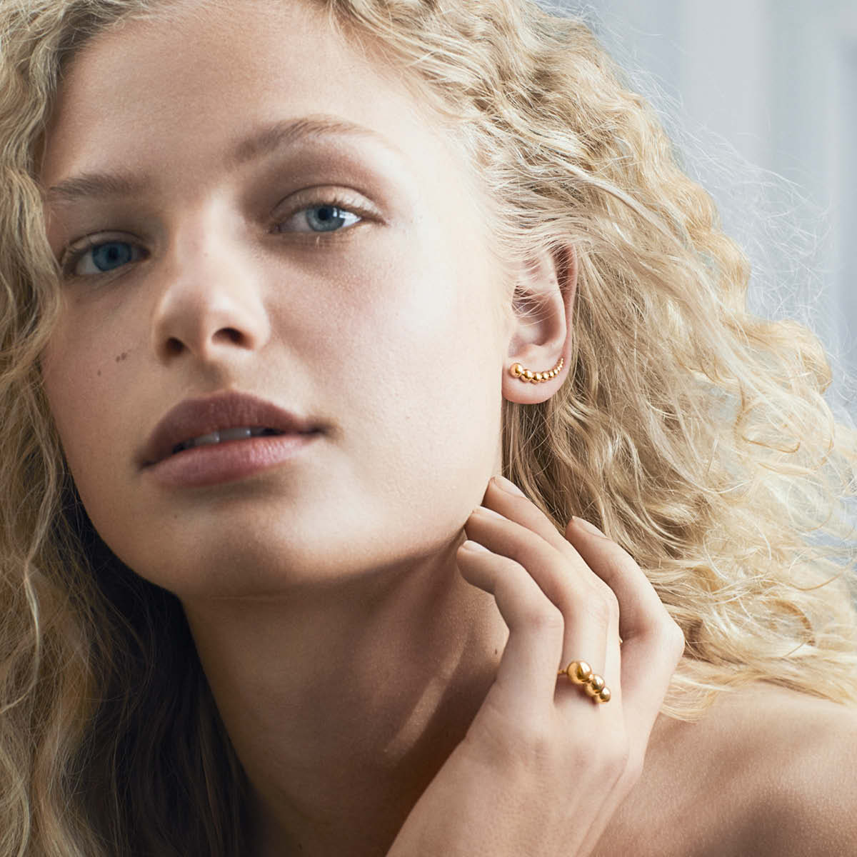 Moonlight Grapes Ring and Earring in rose gold
