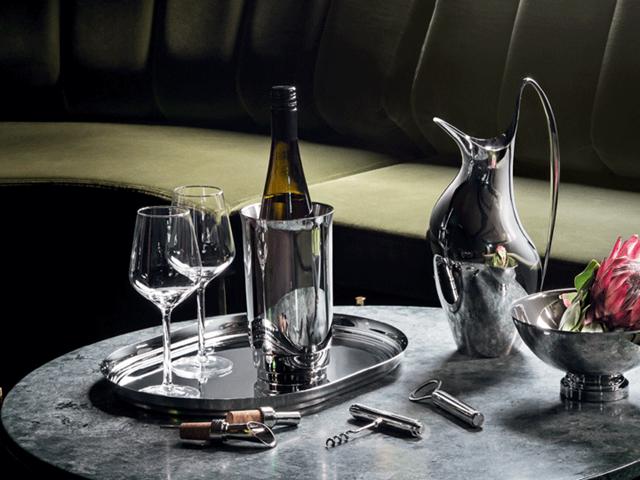 HK pitcher, Manhattan wine cooler, wine pourer, corkscrew, tray, bottle opener, bowl (medium) and wine stopper