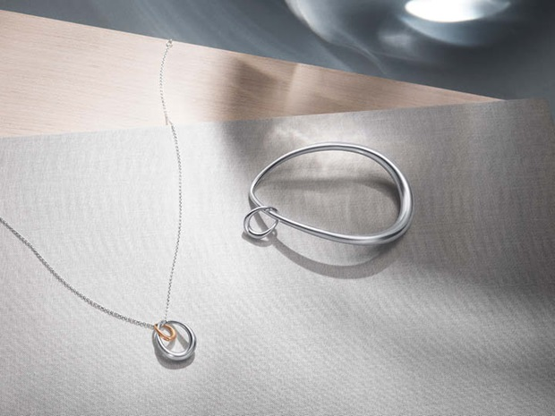 Offspring bangle and necklace in sterling silver with rose gold