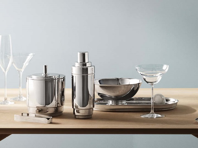 Manhattan ice bucket with tongs, cocktail shaker, bowl and tray in mirror polished stainless steel