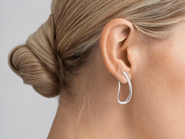 10013676-infinity-earring-720x540