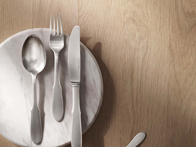 Mitra cutlery set in matte stainless steel