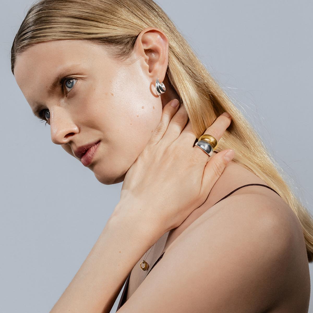 CURVE Earrings